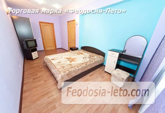 Гостиница с бассейном в Феодосии на улице Большевистская - фотография № 9