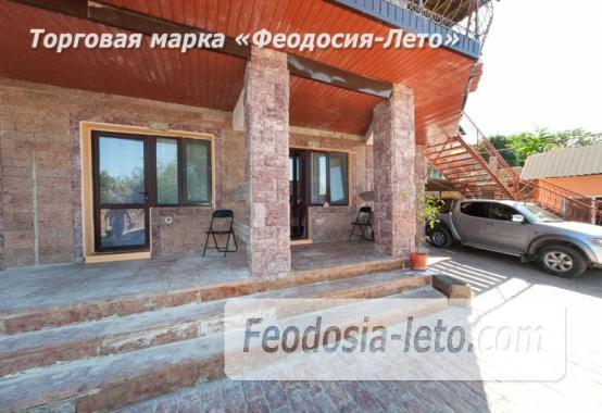 Гостиница с бассейном в Феодосии на улице Большевистская - фотография № 15