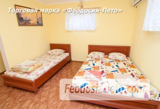 Гостиница с бассейном в Феодосии на улице Дружбы - фотография № 14