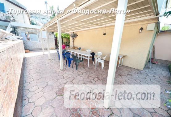 Гостиница с бассейном на улице Дружбы в Феодосии - фотография № 10