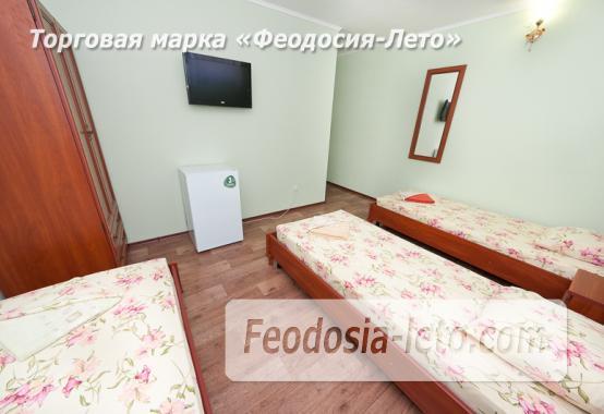 Гостиница с бассейном на улице Дружбы в Феодосии - фотография № 23