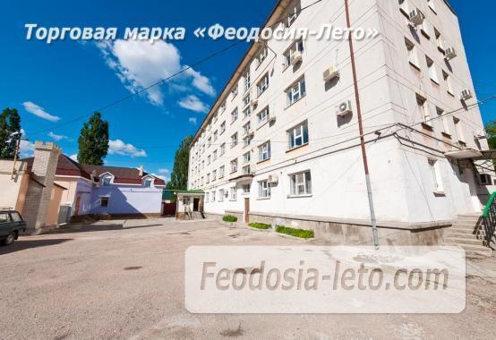 Гостиница со стоянкой для автомобилей, улица Федько в Феодосии - фотография № 26