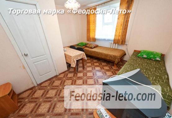 Гостиница со стоянкой для автомобилей, улица Федько в Феодосии - фотография № 13