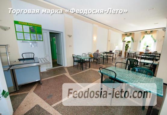 Гостиница со стоянкой для автомобилей, улица Федько в Феодосии - фотография № 7