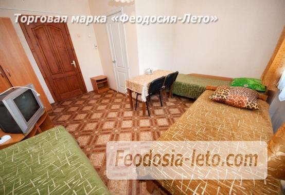 Гостиница со стоянкой для автомобилей, улица Федько в Феодосии - фотография № 14