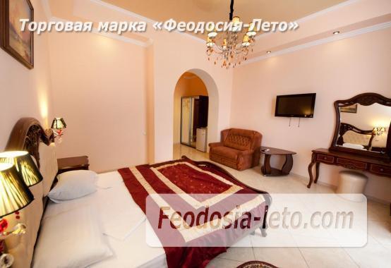 Гостиница в центре Феодосии на улице Галерейная - фотография № 2