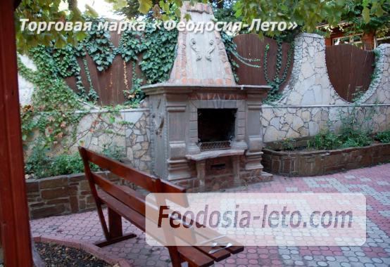 Гостиница в городе Феодосия рядом с центральной набережной - фотография № 9