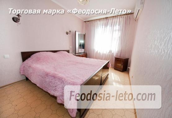 3 комнатная квартира  в Феодосии, бульвар Старшинова, 21 - фотография № 1