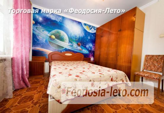 2-комнатная квартира в г. Феодосия, улица Земская, 19 - фотография № 2