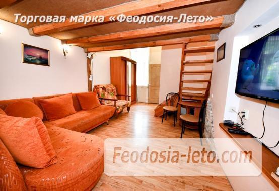 Квартира двухуровневая 1-комнатная в Феодосии с отдельным входом - фотография № 1
