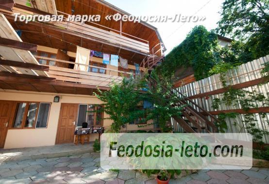 Мини-гостиница в центре города Феодосии, улица Щебетовская - фотография № 1