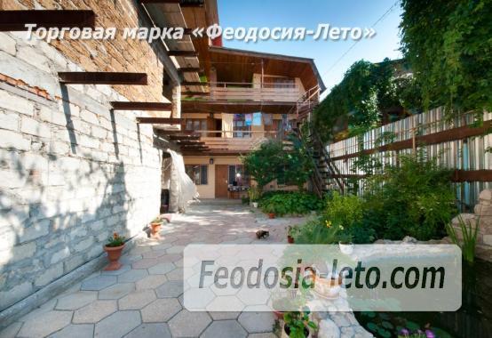 Мини-гостиница в центре города Феодосии, улица Щебетовская - фотография № 2