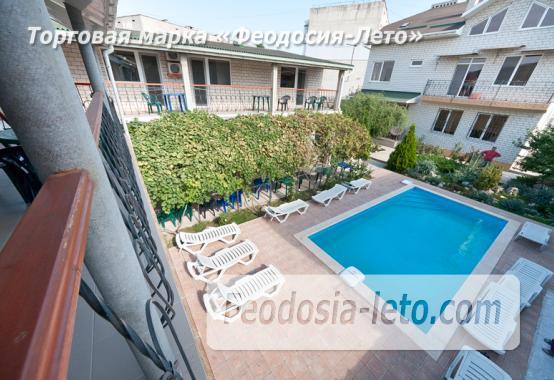 Мини гостиница с бассейном в Феодосии на улице Фестивальная - фотография № 9
