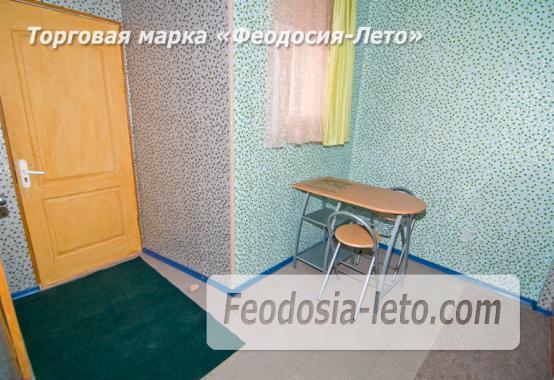 Мини отель в Феодосии с кухней в номерах на улице Гарнаева - фотография № 10