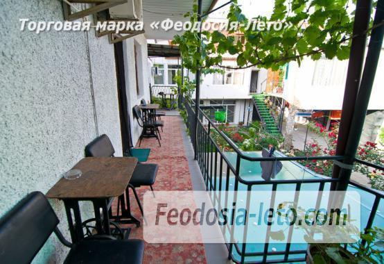 Мини отель в Феодосии с кухней в номерах на улице Гарнаева - фотография № 6