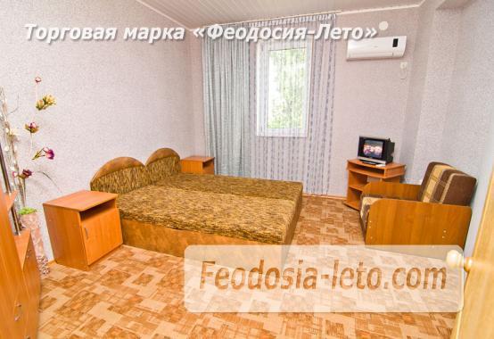 Мини отель в Феодосии с кухней в номерах на улице Гарнаева - фотография № 12