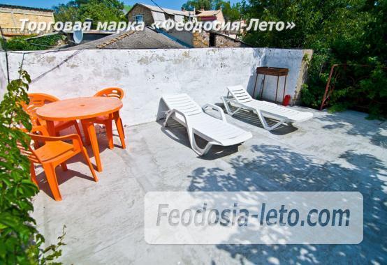 Мини отель в Феодосии с зелёным двором на улице Советская - фотография № 1