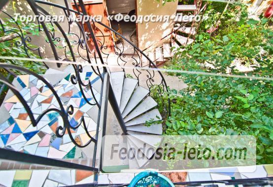 Мини отель в Феодосии с зелёным двором на улице Советская - фотография № 17