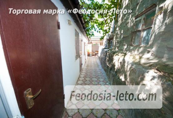 Недорого номера со своим двориком в центре г. Феодосия - фотография № 2