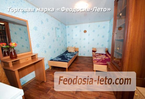 Недорого номера со своим двориком в центре г. Феодосия - фотография № 3