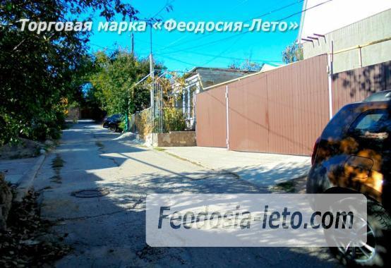Частный сектор в г. Феодосия по переулку Военно-морскому - фотография № 16