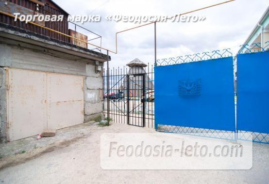 Номера с кухней в эллинге в Феодосии на Черноморской набережной - фотография № 12