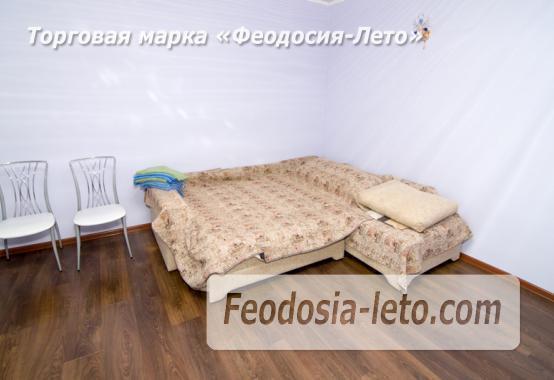 Номера с кухней в эллинге в Феодосии на Черноморской набережной - фотография № 4