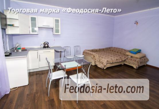 Номера с кухней в эллинге в Феодосии на Черноморской набережной - фотография № 5