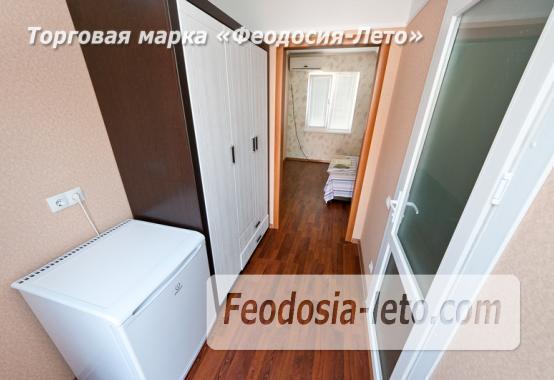 Номера в домиках на берегу моря в Феодосии на Керченском шоссе - фотография № 22