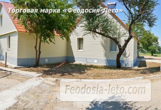 Номера в домиках на берегу моря в Феодосии на Керченском шоссе - фотография № 17