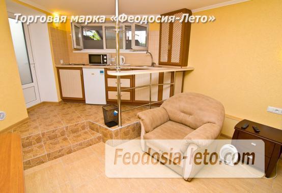 Однокомнатная квартира в Феодосии в 10 метрах от пляжа, Черноморская набережная - фотография № 3