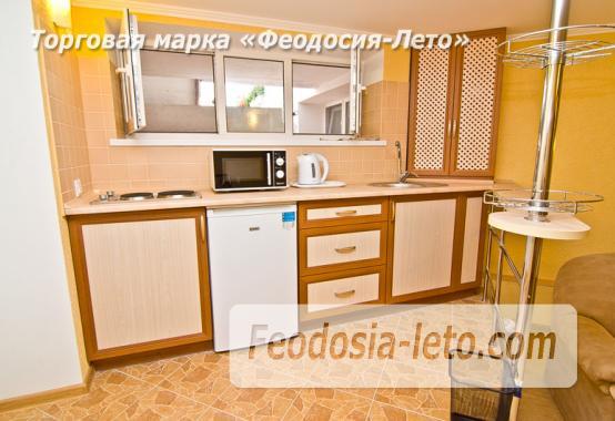 Однокомнатная квартира в Феодосии в 10 метрах от пляжа, Черноморская набережная - фотография № 1