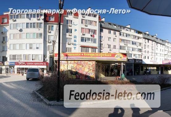 Однокомнатная просторная квартира в Феодосии, бульвар Старшинова, 8-Д - фотография № 9