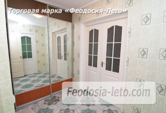 Однокомнатная просторная квартира в Феодосии, бульвар Старшинова, 8-Д - фотография № 3
