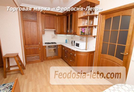 Однокомнатная стильная квартира в Феодосии, бульвар Старшинова, 8-Д - фотография № 2