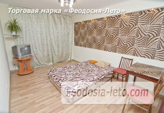1 комнатная стильная квартира в Феодосии, улица Гарнаева, 73 - фотография № 1