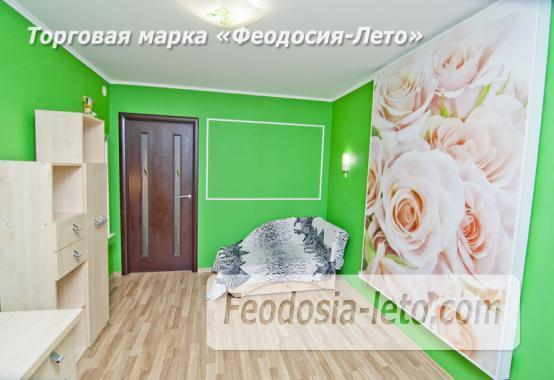1 комнатная стильная квартира в Феодосии, улица Гарнаева, 73 - фотография № 13