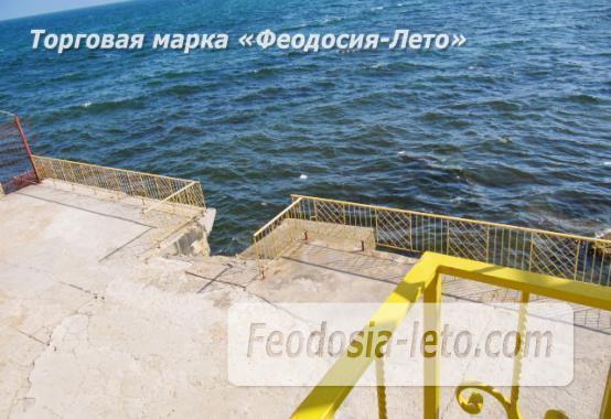 Оригинальный эллинг на Черноморской набережной в Феодосии - фотография № 2