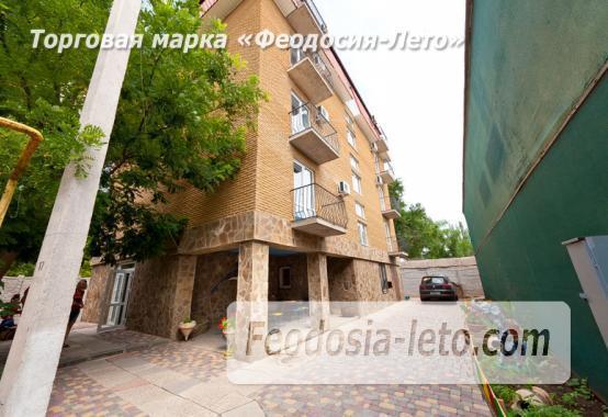 Отель в Феодосии в районе Динамо - фотография № 1