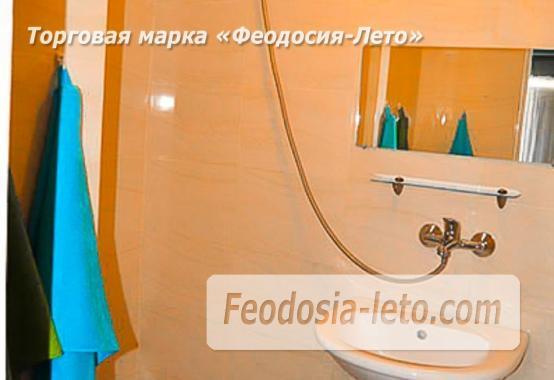 Отель на улице Приозёрнаяв в Береговом - фотография № 12