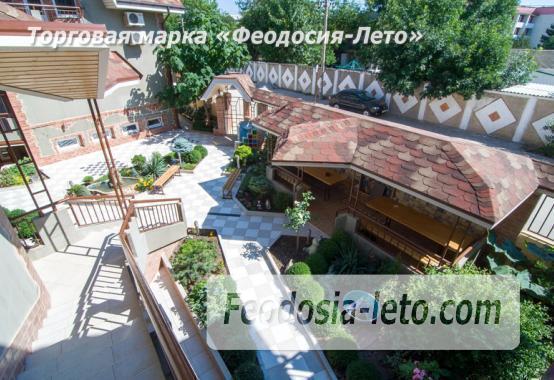 Отель в посёлке Береговое на улице Приозёрная - фотография № 2