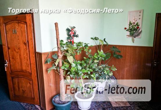 Отель в Феодосии рядом с Белым бассейном на улице Русская - фотография № 28