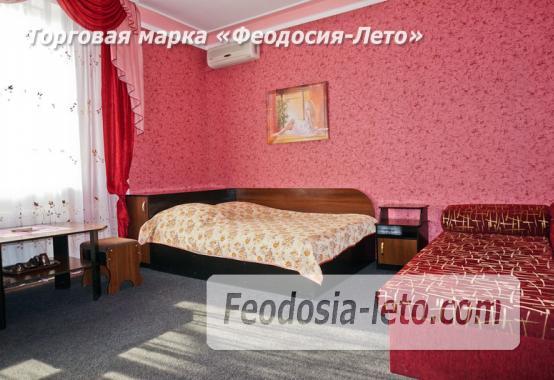 Отель в Феодосии рядом с Белым бассейном на улице Русская - фотография № 30