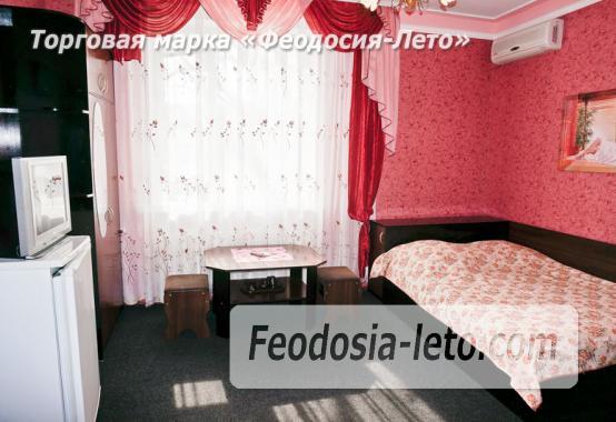 Отель в Феодосии рядом с Белым бассейном на улице Русская - фотография № 31