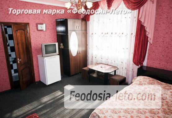 Отель в Феодосии рядом с Белым бассейном на улице Русская - фотография № 33