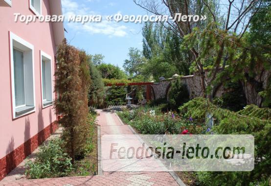 Отель в Феодосии рядом с Белым бассейном на улице Русская - фотография № 38