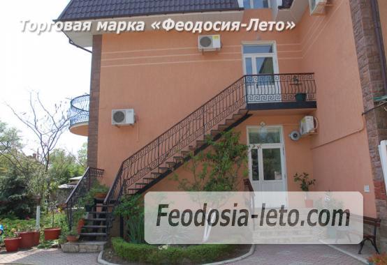Отель в Феодосии рядом с Белым бассейном на улице Русская - фотография № 40