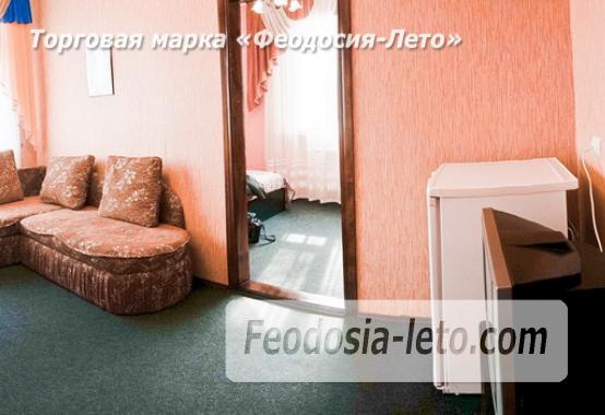 Отель в Феодосии рядом с Белым бассейном на улице Русская - фотография № 43