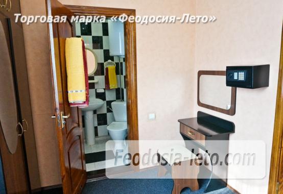 Отель в Феодосии рядом с Белым бассейном на улице Русская - фотография № 5