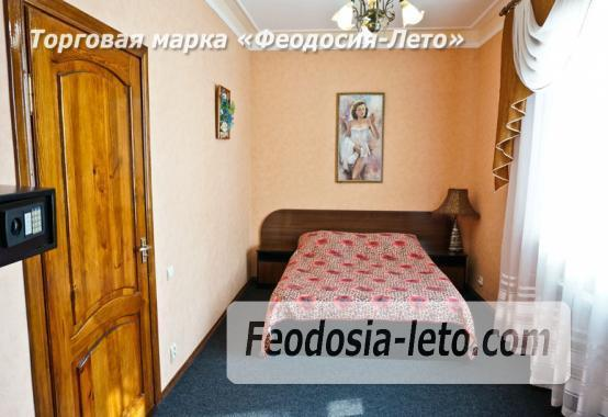 Отель в Феодосии рядом с Белым бассейном на улице Русская - фотография № 6